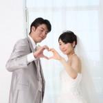 付き合いの長いカップルが結婚を決めたきっかけ5選