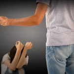 暴力(DV)彼氏とトラブルなく別れるには?身の安全を確保する4つの方法