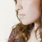 恋心それとも下心?顎やほっぺを触る男性心理の見極め方