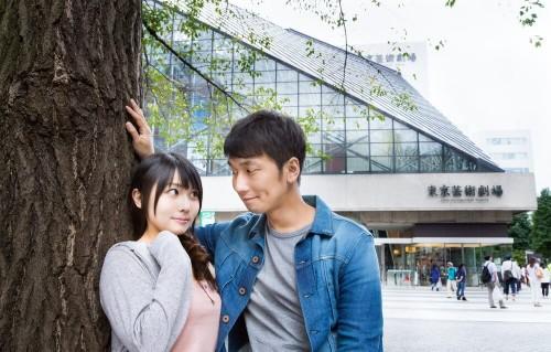 https---www.pakutaso.com-assets_c-2015-06-ikebukuro_geijyutu20140921150453-thumb-1000xauto-17798 (1)