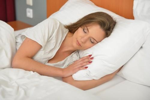 bbecaa7106dde323c4b4eca6ad8e98cc s 1 500x334 - 好きな人のことばかり考えて夜寝れない時の対処法