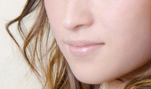 16 500x295 - 女性の唇を見る4つの男性心理