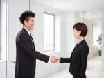 a15 150x112 - 好意?挨拶?握り方別握手を求める男性心理