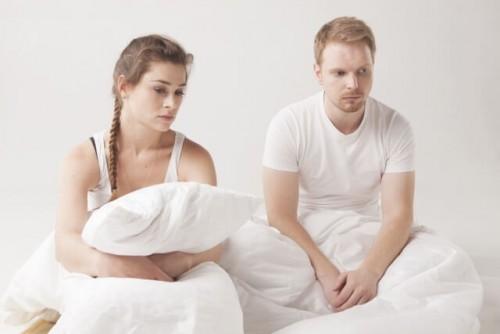 1a2 500x334 - もしかして嫌われた?「別々で寝たい」と言い出した男性心理とは?