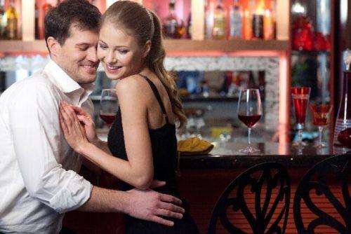 2 1 4 500x334 - サシ飲み初デートで気をつけたい注意点!男性をがっかりさせないためには?