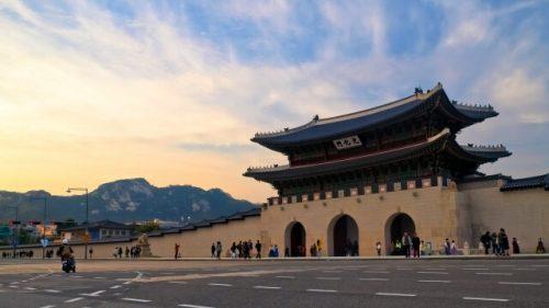 2 1 10 500x281 - 韓国人にモテる女性の特徴5つ|どんな日本人女性が好みなの?