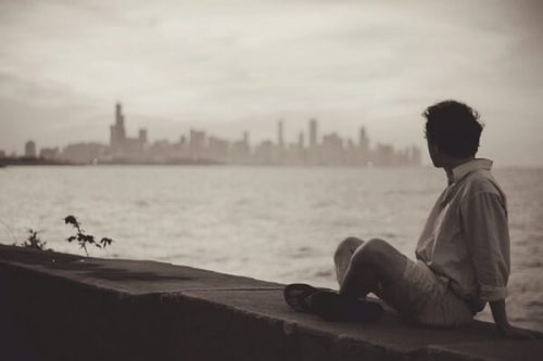 seaside 371229 640 500x333 - 「自分から彼氏を振ったけど復縁したい!」後悔している女性贈る寄りを戻す方法!